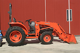 Backhoe, Skid Steer, Garden and Yard Equipment Rentals TX